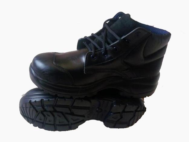 Comprar Botas con y sin punta de acero