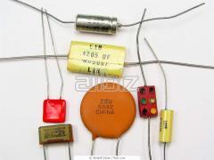 Condensadores de varios tipos