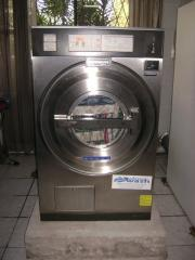Lavadoras Industriales de Ropa - Commercial Laundry Machines, Washers -Extractors.