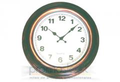 Reloj de pared pequeño