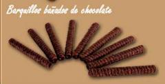 Barquillos bañados de chocolate
