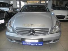 Automóvil Mercedes Benz CLS 350