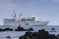 Crucero de Lujo a Galápagos Yate La Pinta